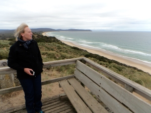 Dini looks out to the vast Tasman Sea from the Bruny Island viewing platform.